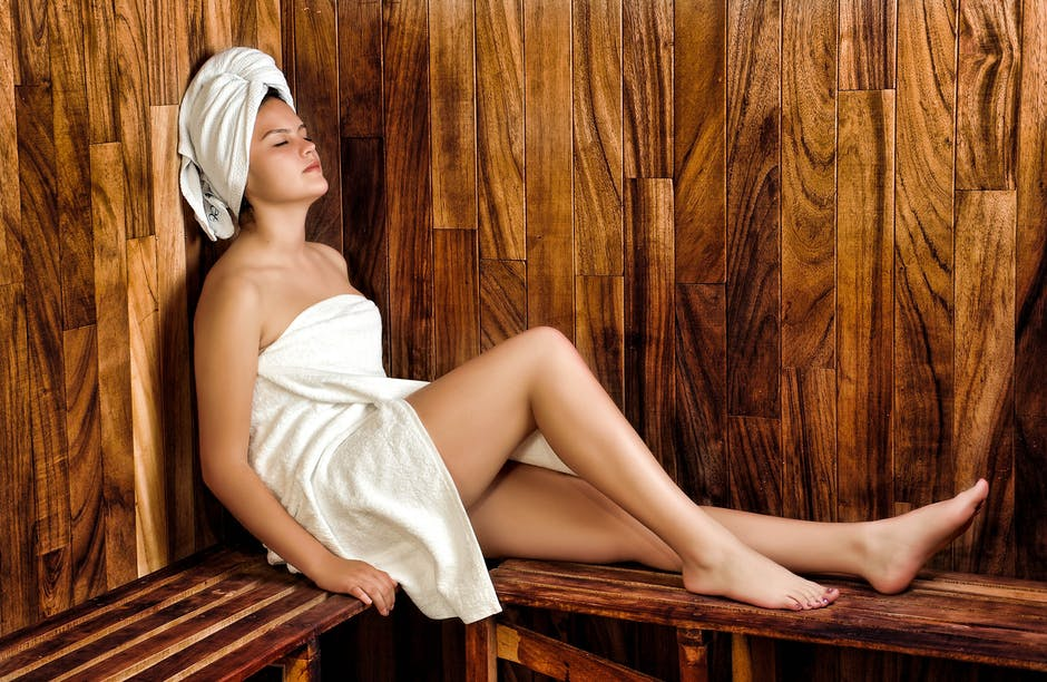 7 Health Benefits of Buying a Home Dry Sauna