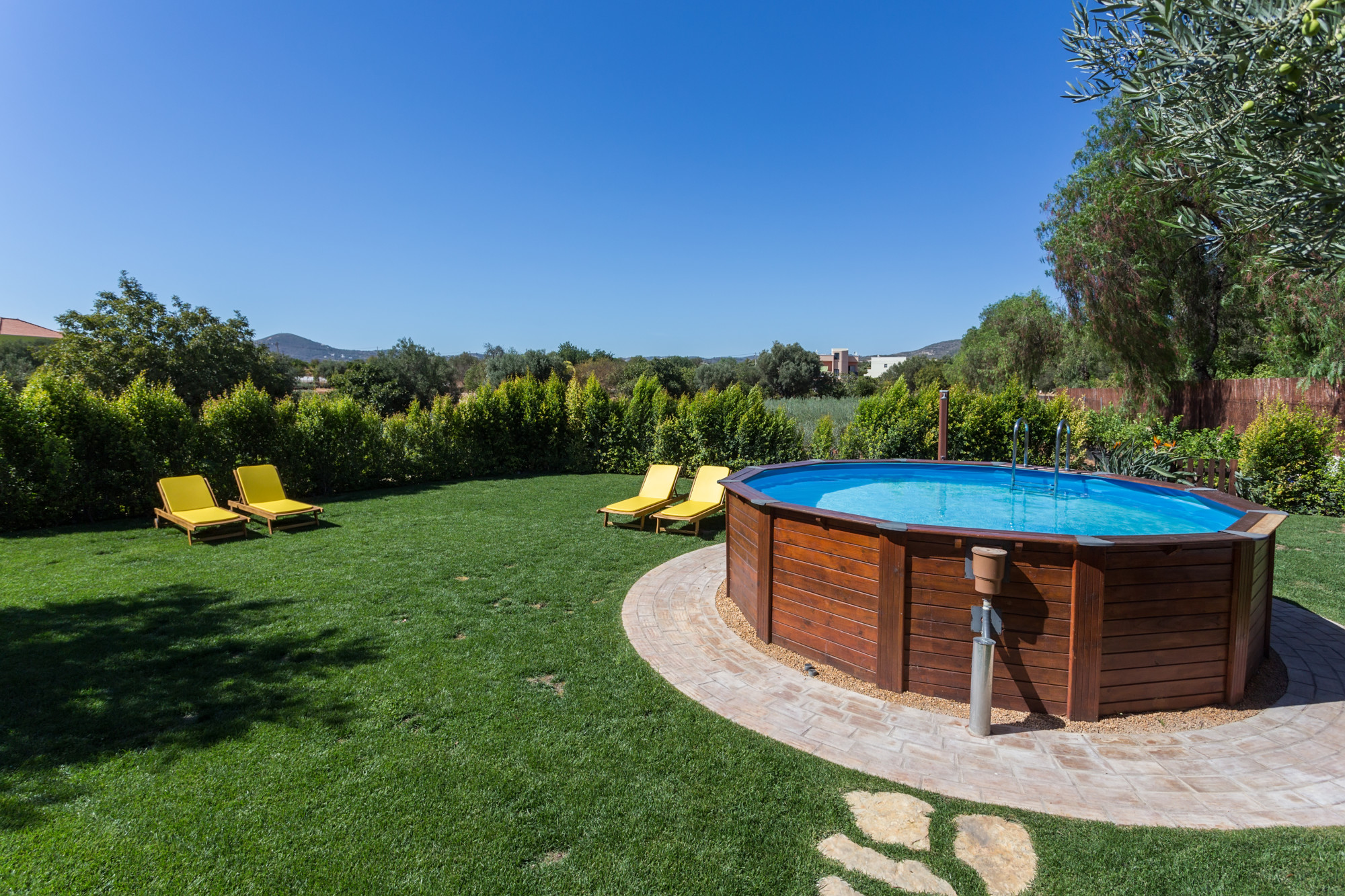 The 10 Best Above Ground Pools You Can Buy Today