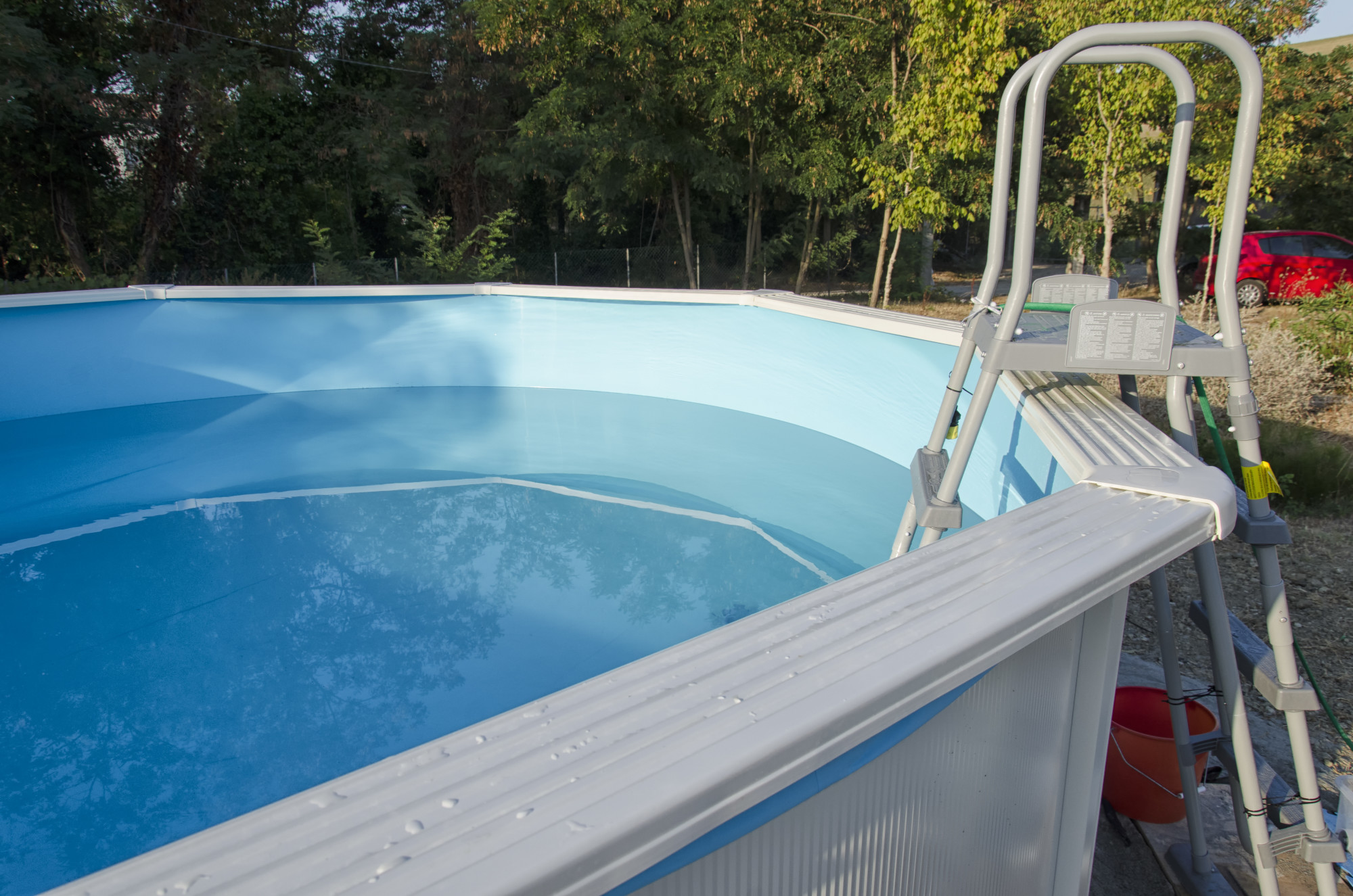 What is the Best Above Ground Pool? 3 Ideal Options and Their Features