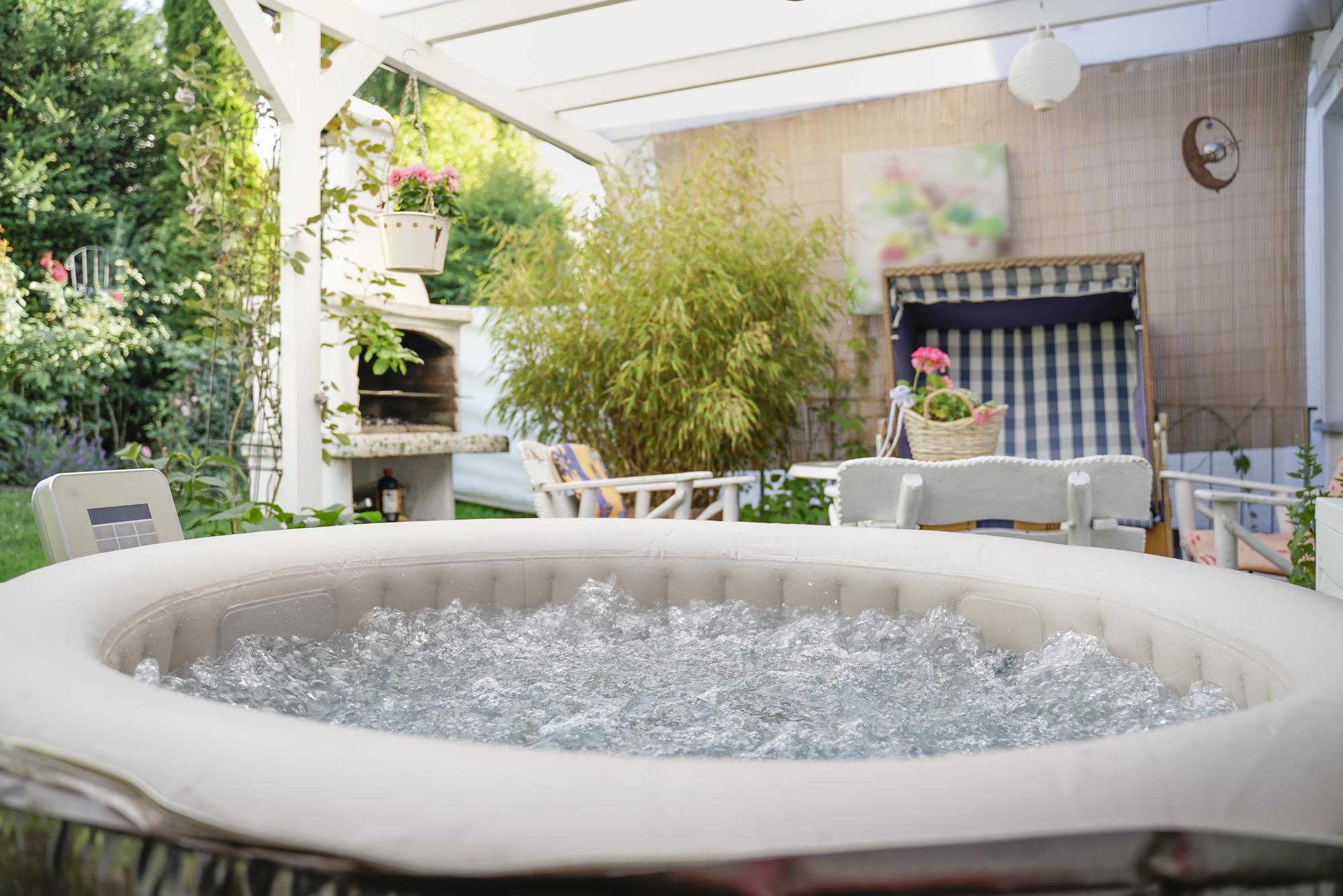 Transform Your Backyard Entertainment Into Your Dream Spa